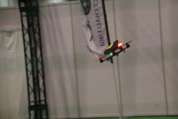 空撮用のDJI Phantom 3も出場