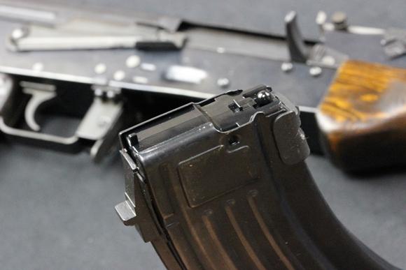 新型AKM電動ガン